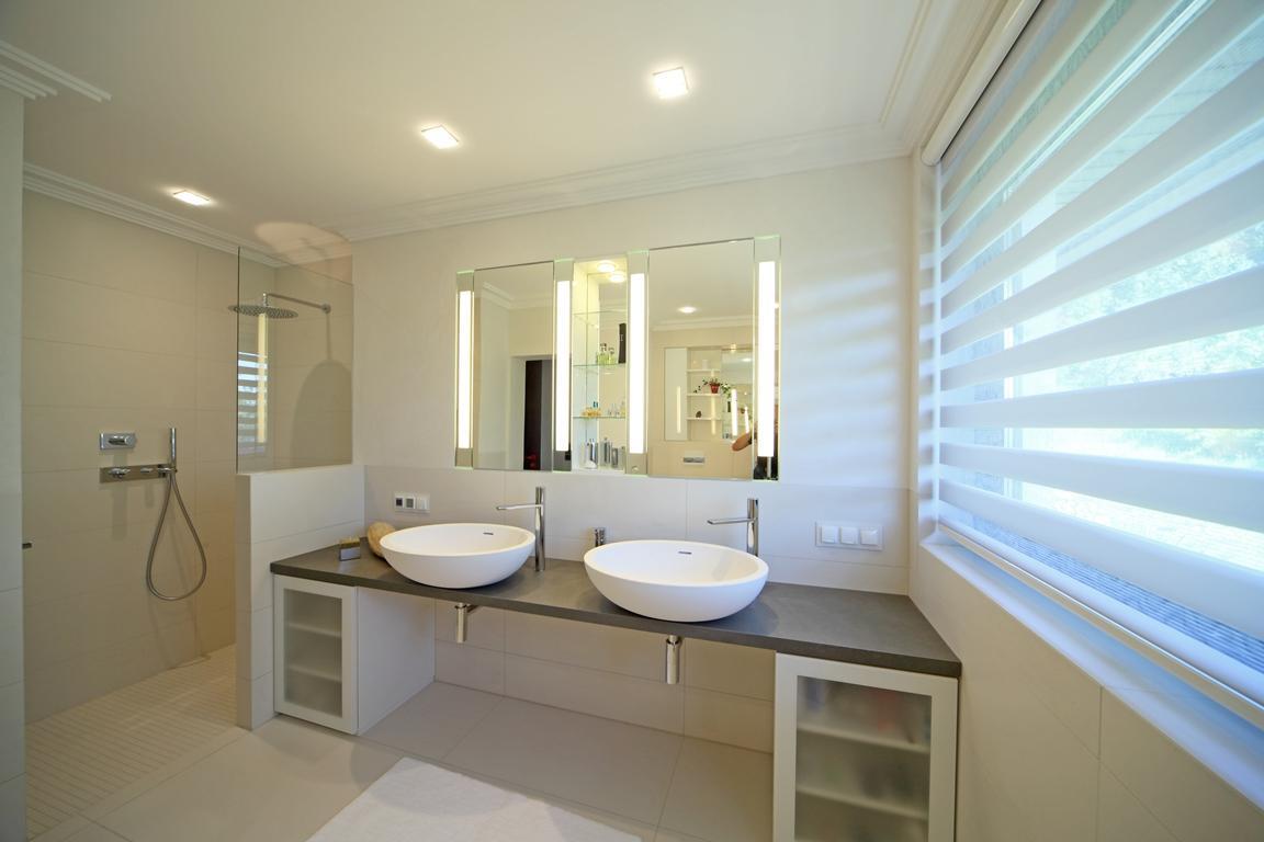 ceramica kassel badausstellung in kassel. Black Bedroom Furniture Sets. Home Design Ideas